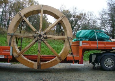 reportage-montage-roue-moulin-de-pinquet-006
