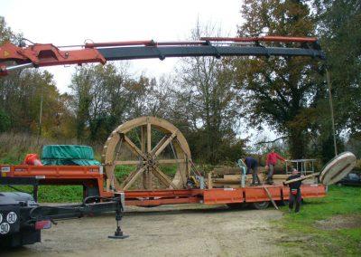 reportage-montage-roue-moulin-de-pinquet-014
