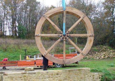 reportage-montage-roue-moulin-de-pinquet-028