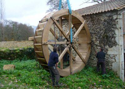 reportage-montage-roue-moulin-de-pinquet-032