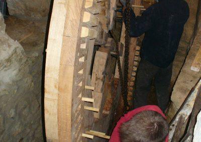 reportage-montage-roue-moulin-de-pinquet-049