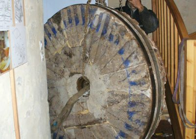 reportage-montage-roue-moulin-de-pinquet-091