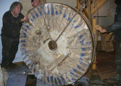 reportage-montage-roue-moulin-de-pinquet-092