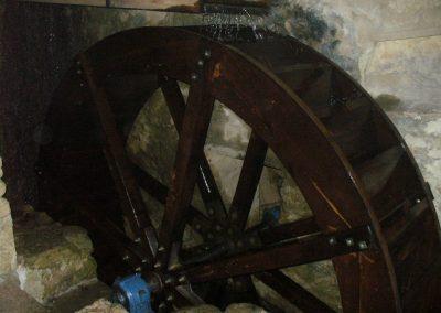 reportage-montage-roue-moulin-de-pinquet-103